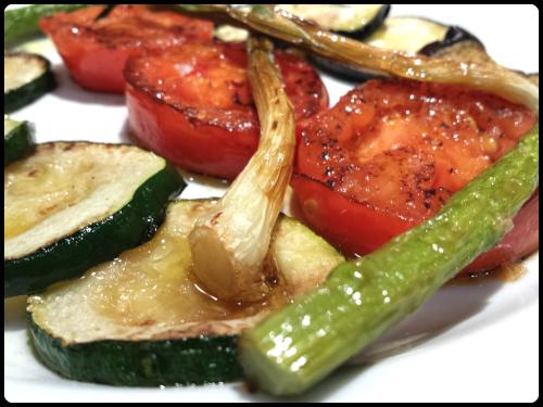 Parrillada de verduras, acompañamiento sano para una barbacoa
