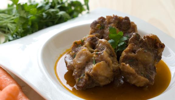 "Rabo de toro estofado del blog ""Pepacooks"" ideal para comer en Sanfermines"