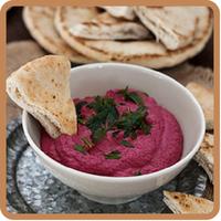 """Hummus de remolacha del blog """"Entrando en la cocina de Claire"""", una receta fresca y muy veraniega"""
