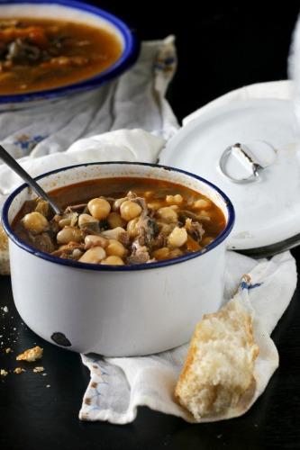Pucherete de Gredos, del blog Mara en Gredos, un plato con el que maridar el Tintilla Luis Pérez