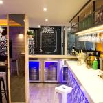 El mejor vino blanco de España en la taberna madrileña La Emualda