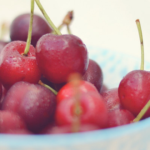 Las cerezas, la chispa del coqueteo y del picoteo