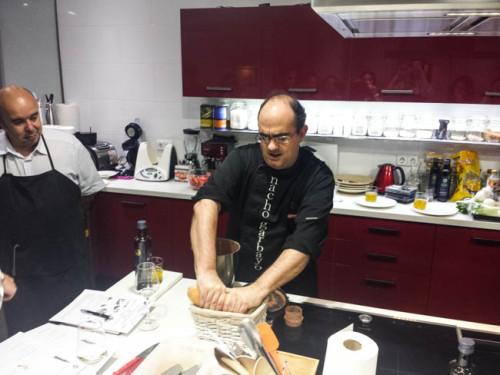 Nacho Garbayo de Sueños de Cocina en acción