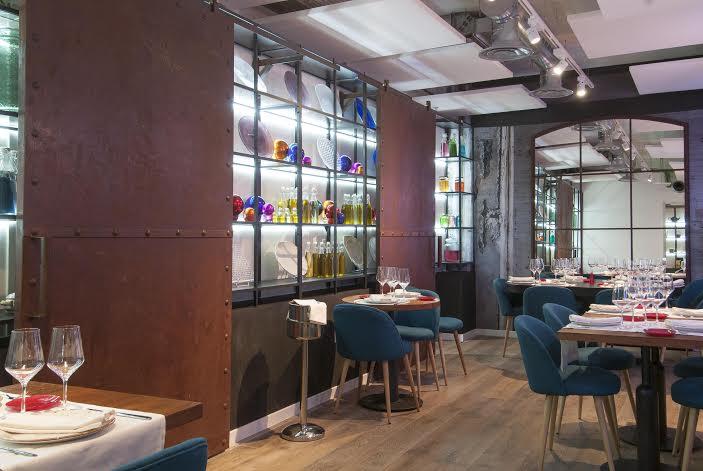Sala del interior del restaurante El Gordo