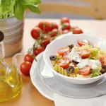 Receta de ensalada de pasta con salsa de yogur