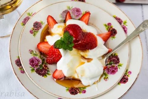 Fresas con miel y yogur griego de La Cocina de Frabisa