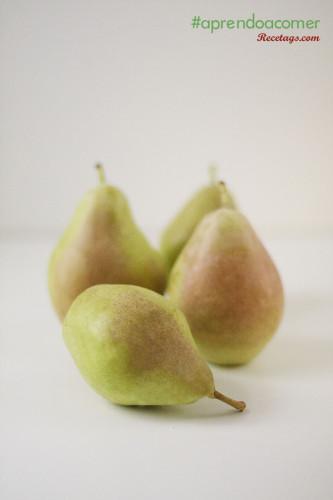 Las peras son fuente de nutrientes, agua y fibra