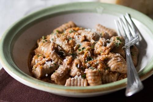 Ñoquis de castañas con conejo del blog A mí lo que me gusta es cocinar