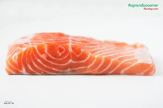 El salmón es, sin duda, uno de los pescados favoritos de los niños.