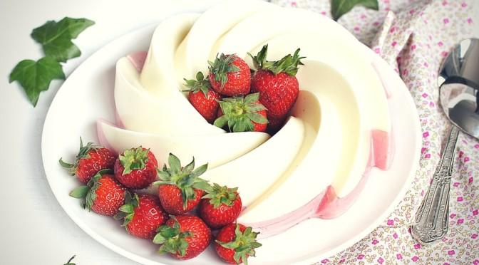 Recetario con fresas con numerosas ideas para preparar recetas dulces y salados