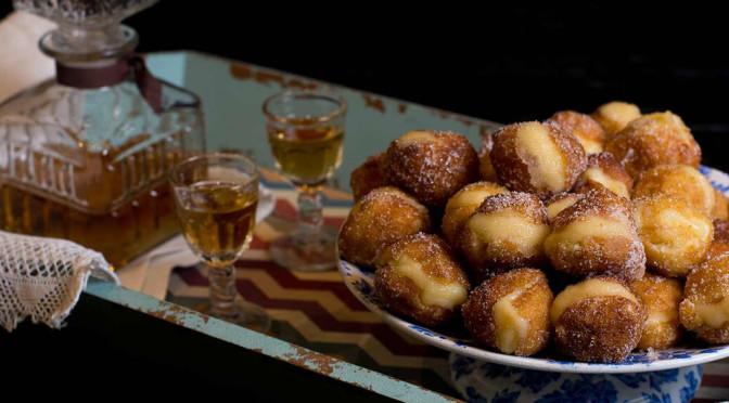 Entre las fotos de comida con las que alucinarás no pueden faltar estos Buñuelos de viento rellenos de crema de La Cocina de Frabisa