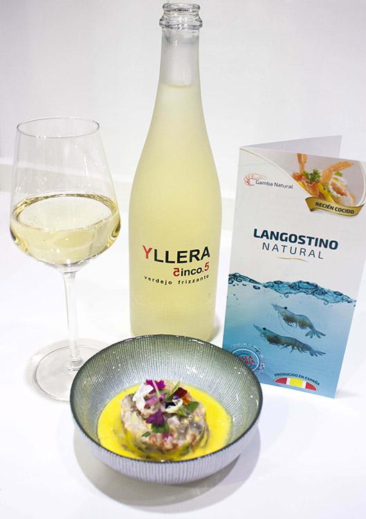Tartar de langostino con el Frizzante Yllera 5.5