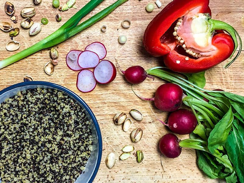 quinoa para elaborar una rica ensalada